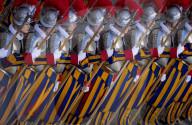 NEWS - Vereidigung der neuen Päpstlichen Schweizergarde im Vatikan