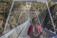 FEATURE -  Die längste Hängebrücke der Welt ist in Portugal eröffnet worden