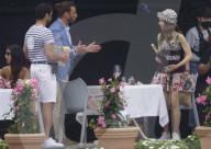 """PEOPLE - Lily Collins dreht 2. Staffel von """"Emily in Paris"""" in St-Jean Cap Ferrat"""