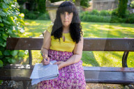 NEWS - Coronavirus: Nach der zweiten AstraZeneca Spritze: Sofia Gomes aus Wisbech hat angeblich ihre Stimme verloren
