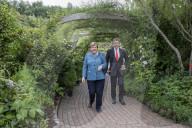 NEWS - G7-Staats- und Regierungschefs mit Partnern beim königlichen Empfang im Eden Project in Cornwall