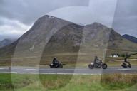 FEATURE - Mit High Speed durch die schottischen Highlands: Dreharbeiten zum neuen Indiana Jones 5 Film in der Nähe von Glencoe