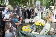 PEOPLE - Beisetzung von Zsa Zsa Gabor auf dem Kerepescher Friedhof in Budapes