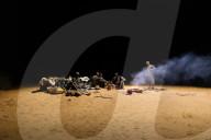 REPORTAGE - Nomaden-Garde patroulliert auf Kamelen in der Wüste Mauretaniens