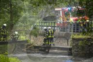 NEWS - Hochwasser: Sturzflut im Erzgebirge, Vermisstensuche dauert an