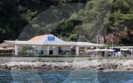 PEOPLE - Hotspot für Promis am Filmfestival in Cannes: Restaurant Guerite auf der Insel Sainte-Marguerite