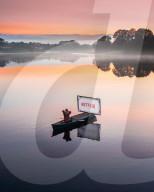 FEATURE - Besser als Autokino: Kanu-Kino auf einem See in Essex