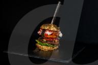 FEATURE - Niederländisches Restaurant kreiert den teuersten Burger der Welt, der satte 5000 Euro kostet