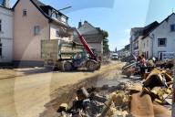 NEWS - Hochwasser Deutschland: Aufräumarbeiten im Krisengebiet
