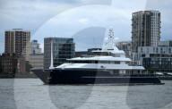 "PEOPLE - Tom Cruise wohnt in der Superyacht ""Triple Seven"" in Cornwall"