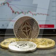 NEWS - Symbolbilder  Bitcoin / Ethereum