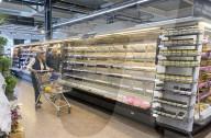 NEWS - Coronavirus: Leere Regale in den Supermärkten in Grossbritannien
