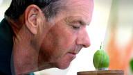 FEATURE - Wer hat die Grössten im Land? Kopf-an-Kopf-Rennen beim Stachelbeer-Anbauwettbewerb im britischen Egton Bridge