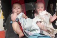 FEATURE - People of Color: Harry und Jennifer McDuffie-Moore adoptieren zwei weisse Kinder