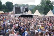 """NEWS - Zehntausende besuchen das Openair-Konzert """"Hardwick Live"""" in Sedgefield, UK"""
