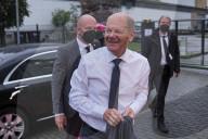 NEWS - Das erste Wahl-Triell: TV-Diskussion der deutschen Kanzlerkandidaten