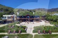 PEOPLE - Pierce Brosnan nimmt sein 100-Millionen-Dollar-Haus vom Markt, nachdem er keine Angebote erhalten hat