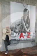 """PEOPLE - Präsentation der Ausstellung """"Paparazzi de A-Z"""" von Daniel Angeli in Paris"""