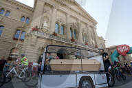 NEWS - Bern: Bestattervelo am Fahrrad-Festival