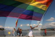 NEWS - Tausende an Pride-Marsch in Genf