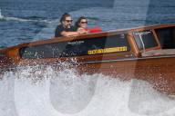 PEOPLE - Penelope Cruz und Javier Bardem fahren Taxiboot in Venedig (11.Sept)