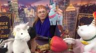 ROYALS - Sarah Ferguson, Herzogin von Kent, liest auf ihren Social-Media-Kanälen Geschichten und bastelt Gegenstände für Kinder
