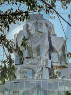 NEWS - Luma Arles: Kulturkomplex der Maja Hoffmann Luma-Stiftung in Arles