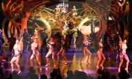 FEATURE - Neue Revue zum 75. Geburtstag des Lido in Paris