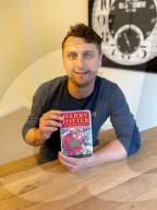 FEATURE - Macht mit seinem Namen Geld: Harry Potter verkauft seine Erstausgabe vom Stein der Weisen