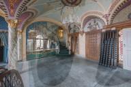 FEATURE - Verlassene Villa gehörte einst  W.K. Kellogg, dem Gründer der Kellogg-Firma