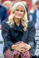 ROYALS -  Prinzessin Mette Marit und Kronprinz Haakon besuchen die norwegische Provinz Viken