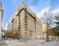 PEOPLE - Bryan Cranston hat sich diese Wohnung gegenüber dem Central Park in New York für 5,6 Millionen Dollar gekauft