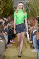 PEOPLE - Steve Jobs' Tochter Eve auf dem Laufsteg an der Paris Fashion Week