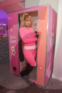 PEOPLE - Paris Hilton lanciert Paris World Roblox