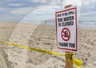 NEWS - Riesiger Ölteppich verschmutzt Küste von Huntington Beach