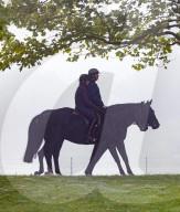 ROYALS - Prinz Andrew beim Ausritt morgens im Park von Schloss Windsor