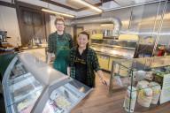 FEATURE -   Corvi's: Einer der ältesten Fish-and-Chips-Shops Großbritanniens feiert diesen Monat seinen 125. Geburtstag