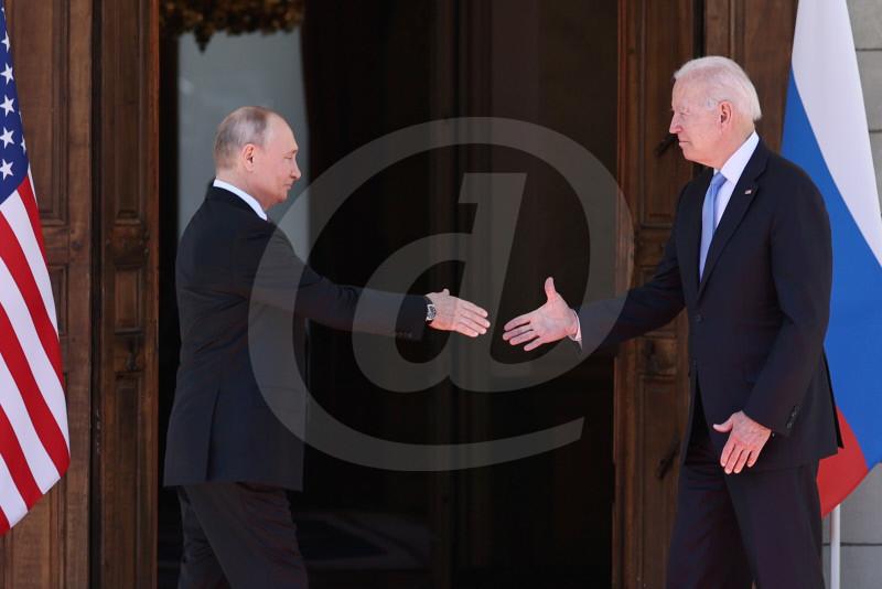 Genf: Putin und Biden begrüssen sich